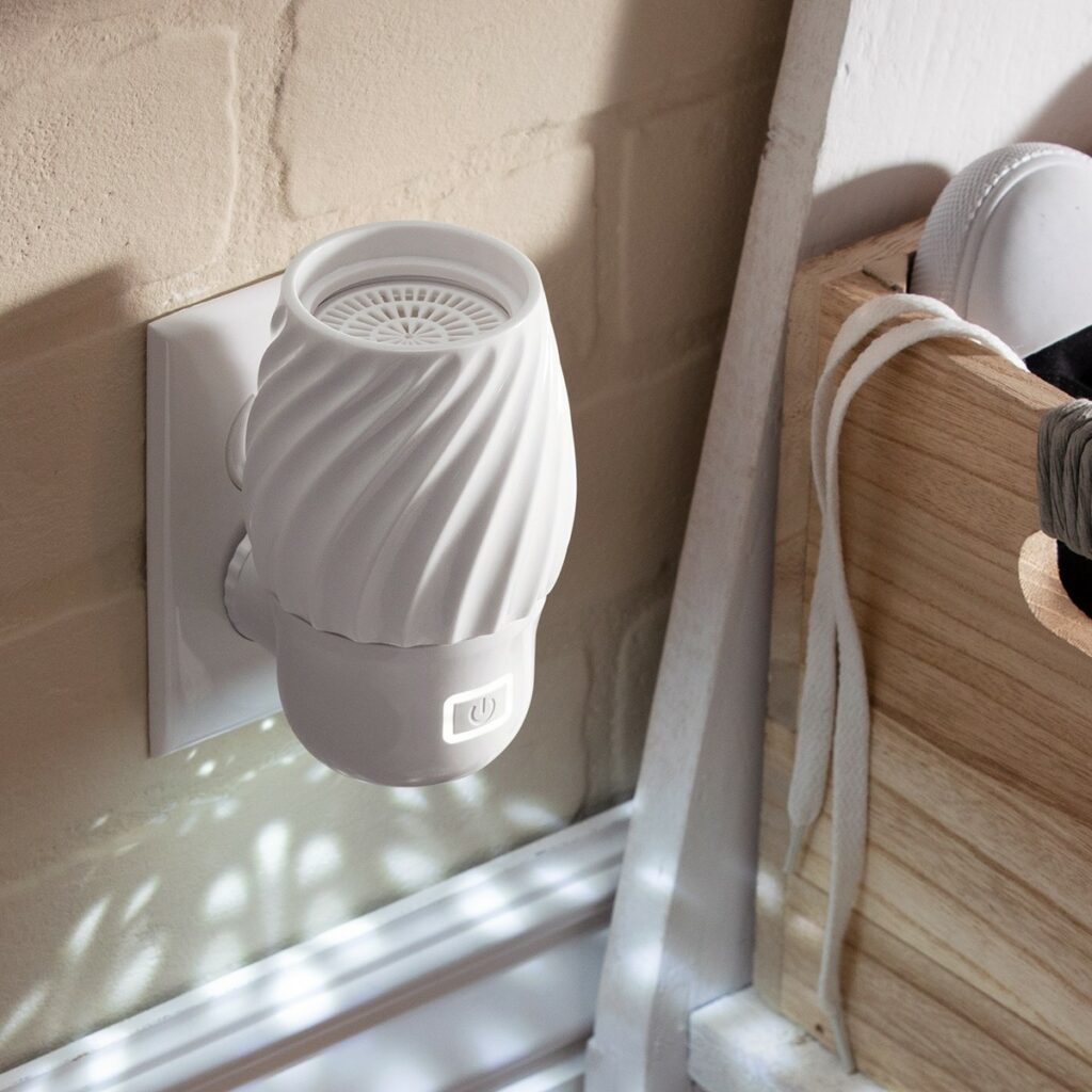 MT-SS21-WallFanDiffuser-Spin-R2_lowRes_-1024x1024 SCENTSY Duftlampen & Düfte Online SHOP